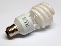 varčna žarnica - sijalka